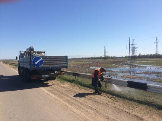 На региональных дорогах Астраханской области появляется свежая разметка